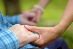 Opiekunka seniora z zamieszkaniem - podejmę pracę